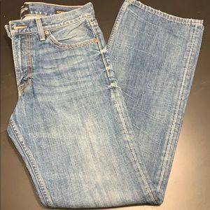 EUC Lucky Brand Men's Jeans. Medium wash. Sz 31x32